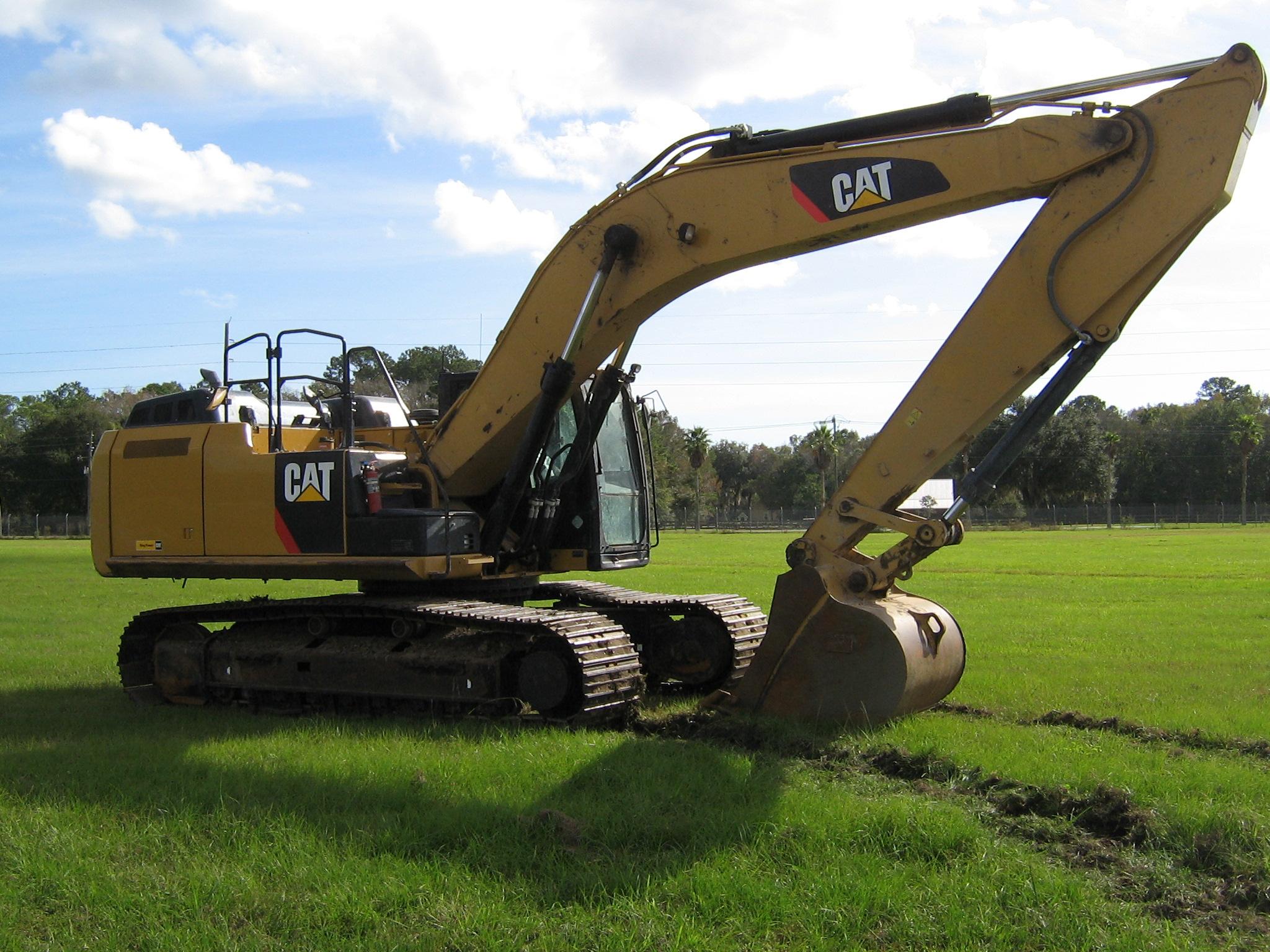 2012_Caterpillar_336EL_Hydraulic_Excavator.jpg