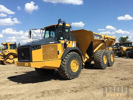 Auction Preview: 9/3, Featuring Crawler Tractors, Excavators