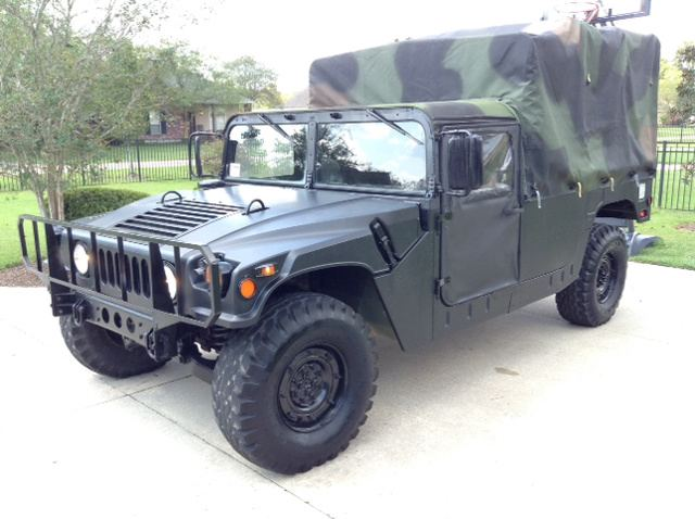 1985 AM General M998 HMMWV 4-door-1