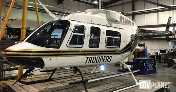 990 Bell Long Ranger 206L-3 Helicopter